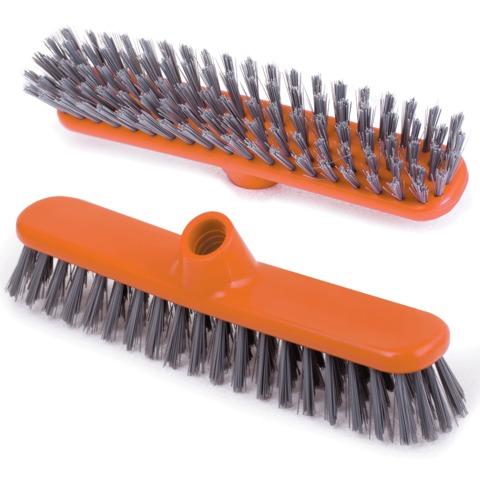 """Щетка для уборки """"Шробер"""", ширина 27 см, высота щетины 3,5 см, пластик, оранжевая (черенок 601322), IDEA, М 5108"""