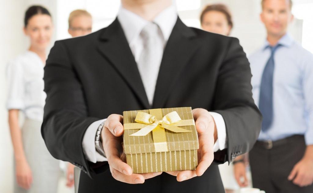 Открытка с мужчиной в подарок, ситцевой свадьбе стихи